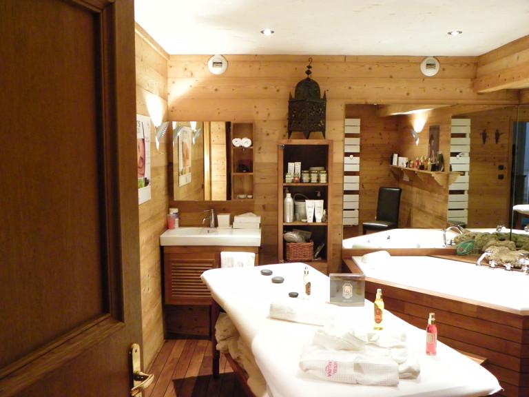h tel de luxe spa piscine carlina beaulieu la clusaz. Black Bedroom Furniture Sets. Home Design Ideas