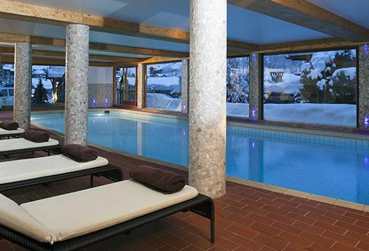 hotel-carlina-piscine